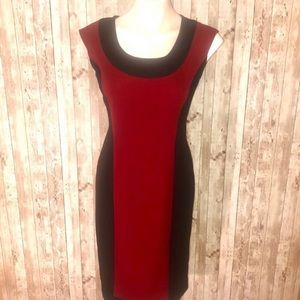 Maggy London dark maroon/black midi body con dress